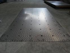 10毫米花纹钢板比重